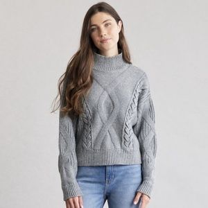 Elizabeth And James Gray Cable Knit Crop Sweater